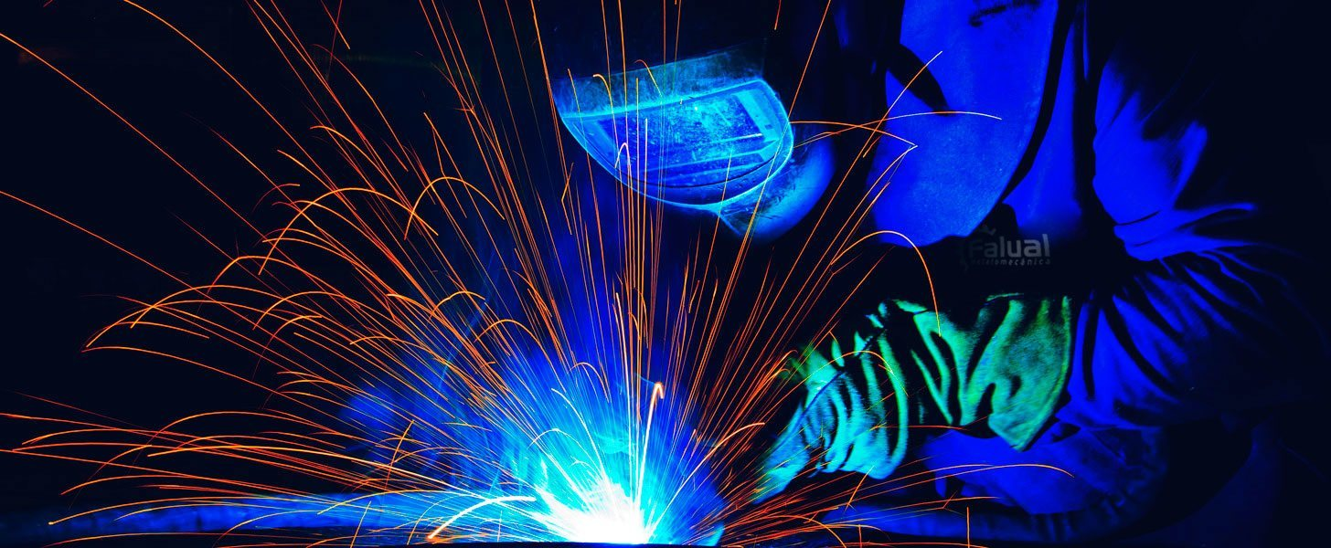 welder in the Falual's factory in Portugal